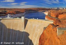 Impressionen am Lake Powell - Glen Canyon NRA, Glen Canyon Dam.JPG