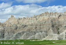 Spectacular Rock Formations in the Western US - Badlands National Park, South Dakota.JPG