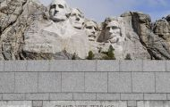 South Dakota, Western Region - Mount Rushmore National Memorial 02.JPG