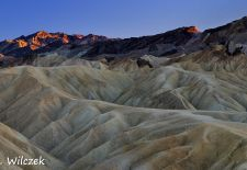 Death Valley - Sonnenaufgang im zerklüfteten Furnace Creek Gebiet.JPG