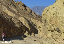 Death Valley - Wanderung durch den Golden Canyon.JPG